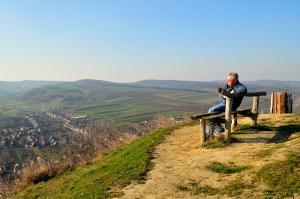 Într-un superb început de toamnă, deasupra satului Pănet, Jud Mureş. Dacian Nisipeanu..