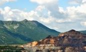 Cariera de sulf, vedere de pe Platoul Reţitiş.