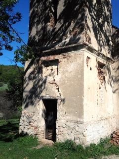Intrarea in biserica lutherană