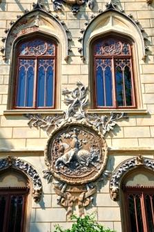 Stema presupusului strămoș legendar al familiei Sturdza, Cavalerul Turzo. Stema castelanului George A. Sturdza