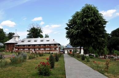 Mănăstirea Miclăușeni