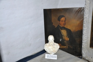 Alecu Sturdza Miclăuşeniu(1803-1848)-membru al familiei Sturdza, fondatorul parcului dendrologic şi vornic (1831) al Moldovei