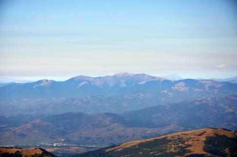Munții Maramureș, cu Vârful Farcău, 1957m