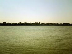 Ismail-ul este aşezat pe malul stâng al braţului Chilia, la nici 20km nord de Tulcea